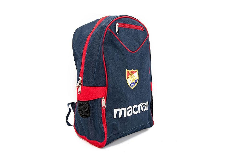 Der HRK Rucksack bietet genügend Platz für Training & Spiele