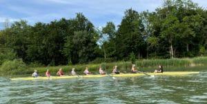 Antonia startet mit Melina (Mannheim), Nora und Leonie (beide Friedrichshafen) im B-Juniorinnen Vierer ohne (JF 4- B)  und mit weiteren Ruderinnen aus Mannheim und Karlsruhe im Juniorinnen B-Achter (JF 8+ B).